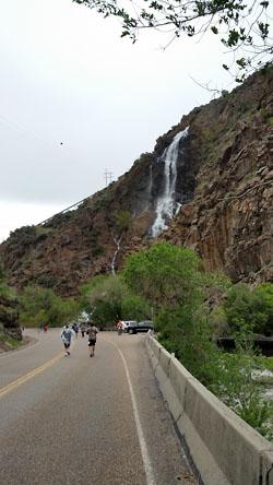 Ogden Marathon 2016 - Waterfall - Chris-R.net Race Report